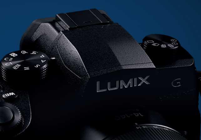 カメラ-LUMIX